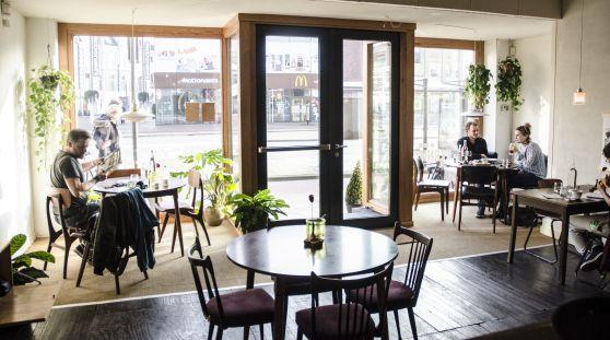 Pernikkel Groningen // hotspot // food // lokaal // lekker eten / gezellig // betaalbaar