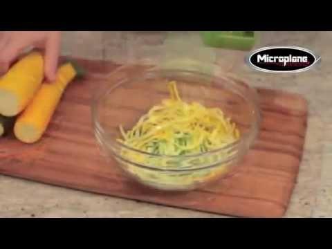 Cortador de Vegetais Microplane Espiral Duplo é na Pepper - YouTube