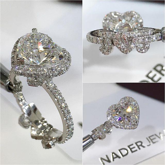 Stunning 4ct Heart shape diamond Engagement Ring with Diamond Initials…