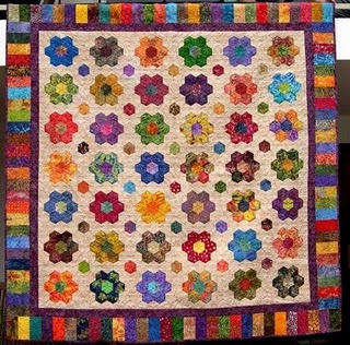 absolutely beautiful!  hexagon quilt