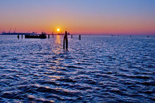 """""""Uomo libero sempre avrai caro il mare.""""  Charles Baudelaire"""