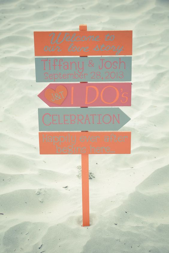 Beach Wedding DIY: 6 Fun and Easy Ideas For a Casual Beach Wedding:     Sand Signs