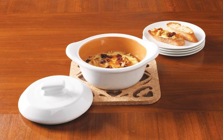 Warm up guests with our Orange, Cranberry and Walnut Brie baked in the Mini Round Cocotte.