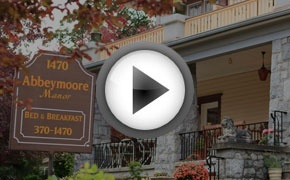 Breakfast and Accommodation in Victoria - Abbeymoore Manor, BC, Canada