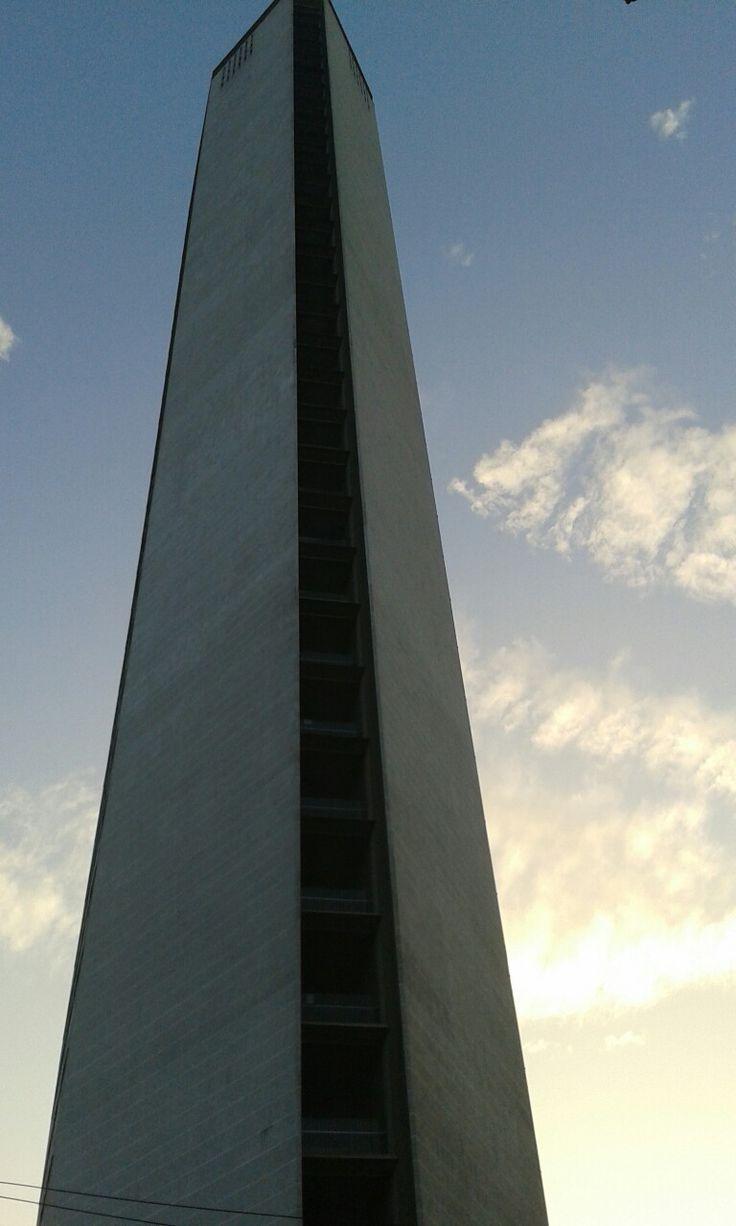 #GrattacieloPirelli #Milano #IlPirellone #GioPonti #architecture #Razionalismo #archilovers
