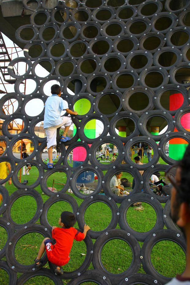 Cuando el reciclado se conjuga con la creatividad, y hablamos de reciclado creativo, nos encontramos en muchas ocasiones ante verdaderas obras de arte.