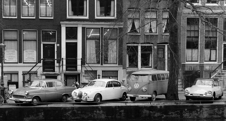 1963. Opel (AT-01-47), Jaguar (DK-80-57), VW T1 Transporter (RS-61-91) and Citroën (ID ED-56-05) parked on the Herengracht in Amsterdam. Photo Rijksdienst voor het Cultureel Erfgood / G. J. Dukker. #amsterdam #1963 #herengracht
