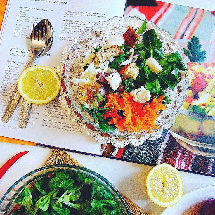 Zimowa salatka z bialej kapusty z grzankami chlebowymi. #healthy #healthyfood #followall #fit #fit #fitness #crochet #instafood #instafollow #instagood #yummy #delicious #foodphotography #foodporn #cuisine #cuisinesaine #kulinary #kuliner