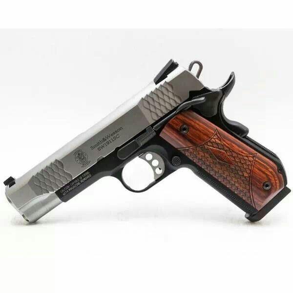 S&W M1911