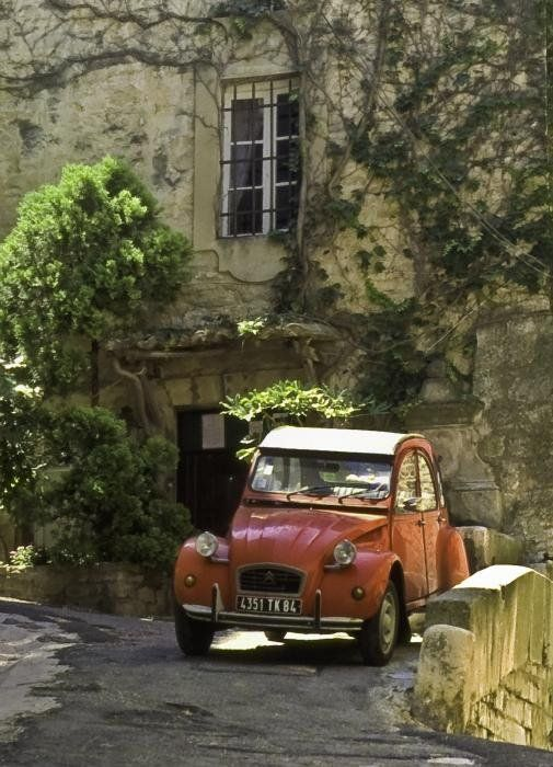 Deux Chevaux, Luberon, Provence, France - By Mark Coran