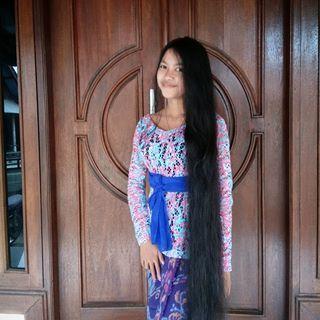 Rambutmu mahkotamu 🙆  #instagood #rambut #panjang #gadisbali #hitsblunt #bali #indonesiangirl #aseangram #Tb @ekhapadma_
