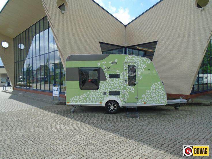 Burstner Averso Plus 410 TS Hefbed bij Mohocar Caravans te Ommen op Caravans.nl