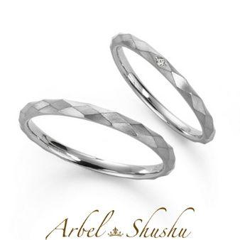 《ミロワール》洗練されたモダンな結婚指輪。