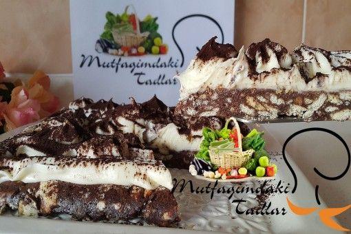 Mozaik Tiramisu Pasta altında mozaik pasta üzerinde nefiiiiiis bir tiremisu kreması ile favoriniz olacak bir tarif