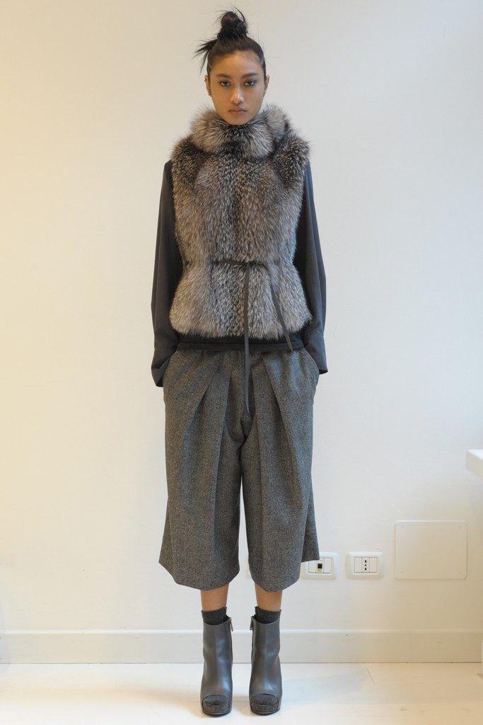 「ブルネロ クチネリ」が2015-16年秋冬ミラノ・コレクションを発表した。