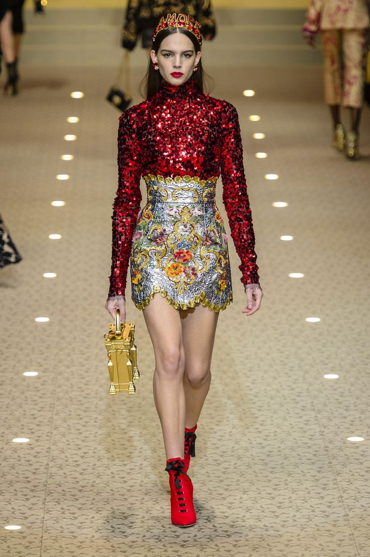 All the Looks From Dolce & Gabbana Fall 2018