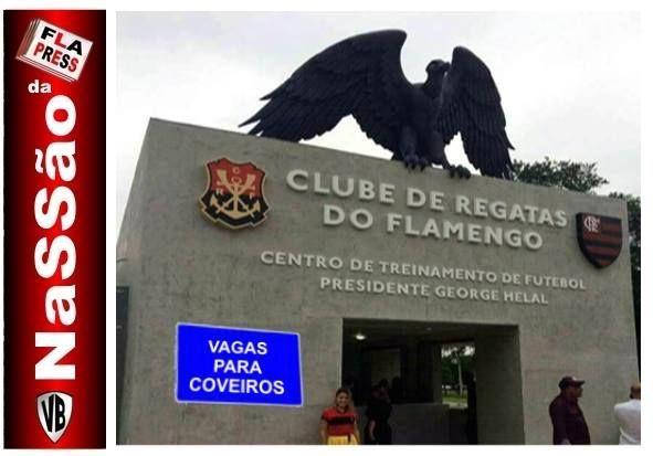 Entrada do novo centro de treinamento do Flamengo parece porta de cemitério brega