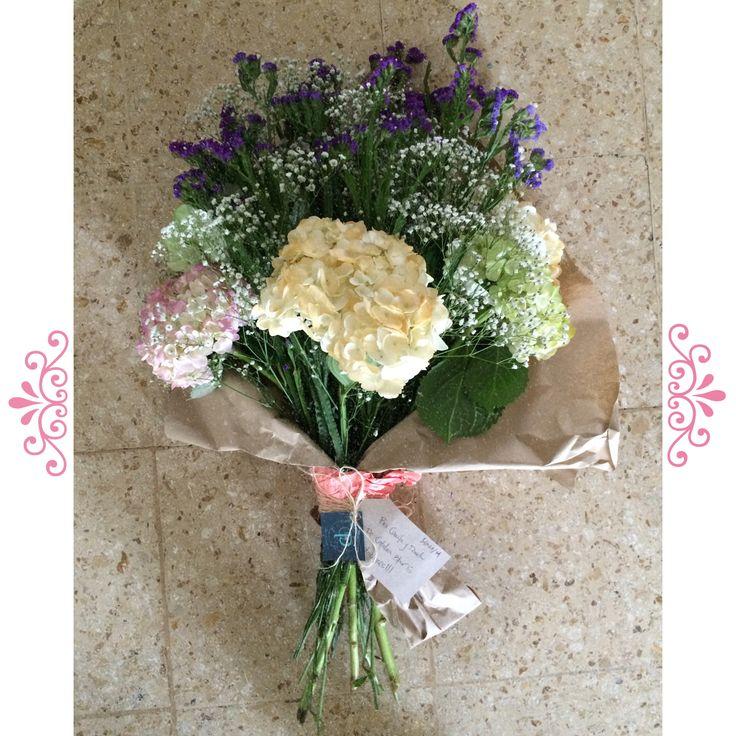 Regalos para días especiales · regalos hermosos · bouquet de flores