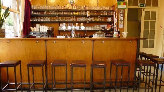 Cafe Commerce - Herbert Hooverplein 16 - Leuven
