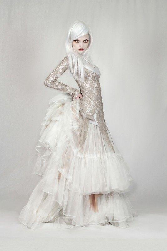 159 best steampunk wedding ideas images on pinterest for Wedding dress steaming