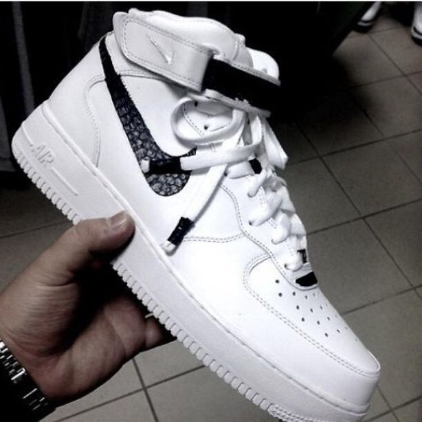 shoes nike air force nike air force 1 nike black white airfoce nike air  shorts snake skin black and white sporty