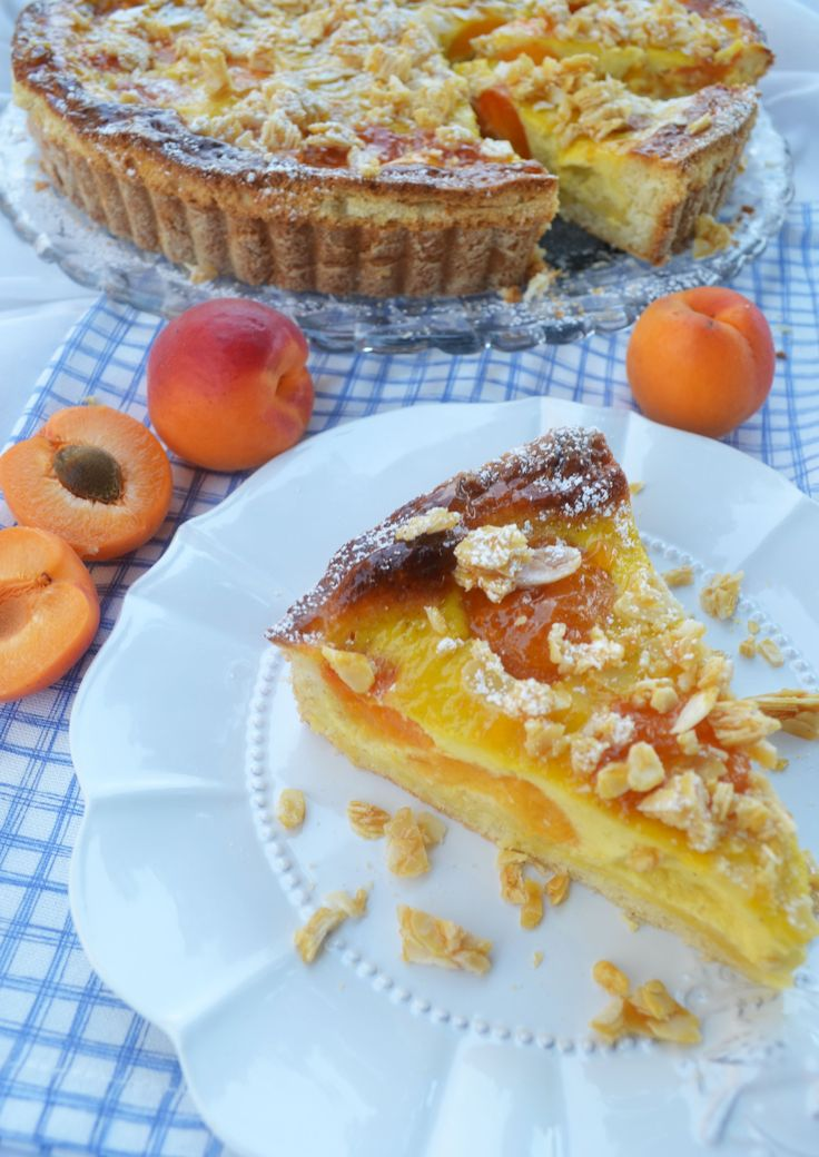 Marillenkuchen mit Mandelkrokant