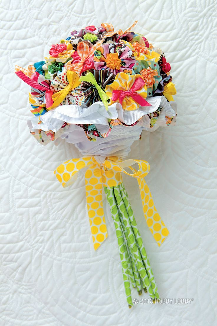 Make Someone S Day With A Diy Ribbon Bouquet Gift Ideas