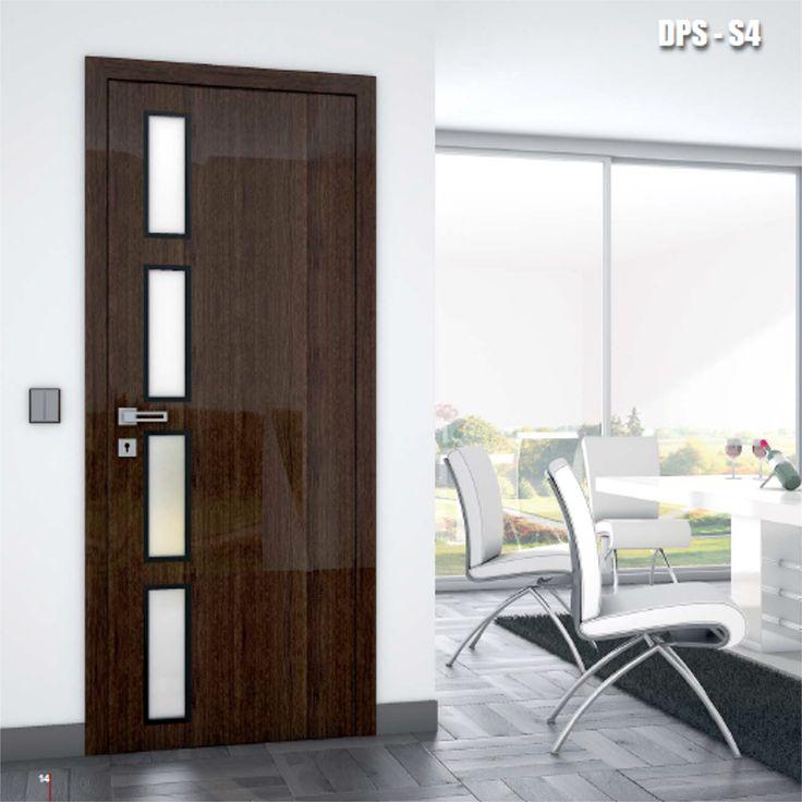 Drzwi wewnętrzne Umberto Cobeli model DPS-S4, oklejone odporną na zarysowania, połyskliwą folią akrylową.