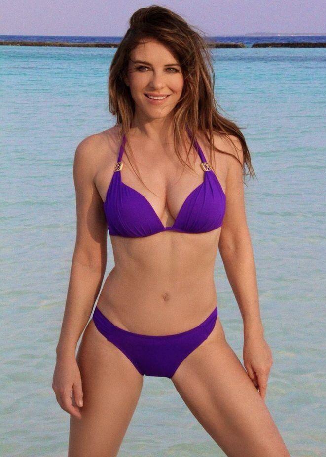 Elizabeth Hurley In 2020 Elizabeth Hurley Beach Elizabeth Hurley Bikini Hurley Bikini