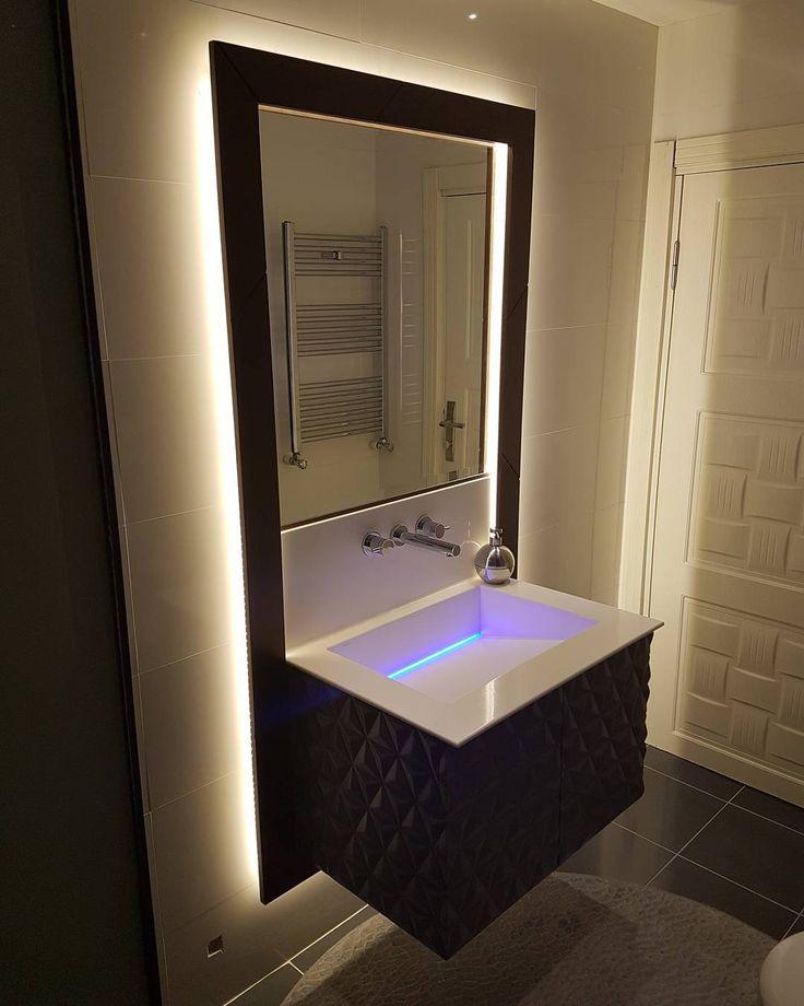 Özel tasarım... Yerine göre..... Farklı çözümler.... Mobilya ya dair ne isterseniz..... Iletişim için 0 544 684 1 880 #banyo#dolap#banyodolabı#mimar#mimarlik#özeltasarım#led#akrilik#evdekorasyonu#evdekor#cncrouter#mobilya#dekorasyon#dekorasyonönerileri#deko#evdekorasyonu#icmimar#i#icm#magaza http://turkrazzi.com/ipost/1517680329846254671/?code=BUP4jgPFWxP
