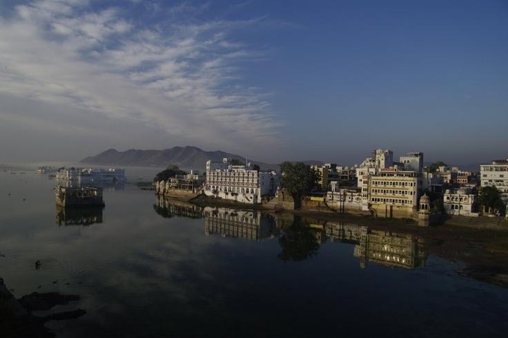 Lac d'Udaipur. Inde. (c) Thomas Sagory www.du-ciel.com