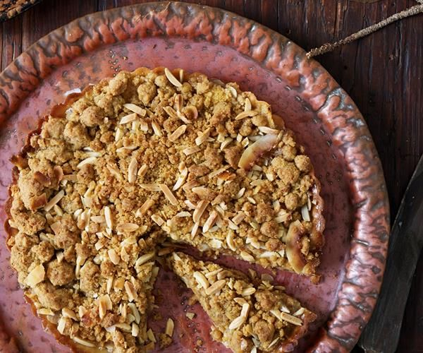 Feijoa streusel tart recipe | Food To Love