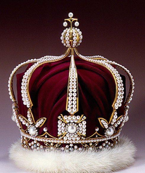 фото самой дорогой турецкой короны для мужчин обнаружил