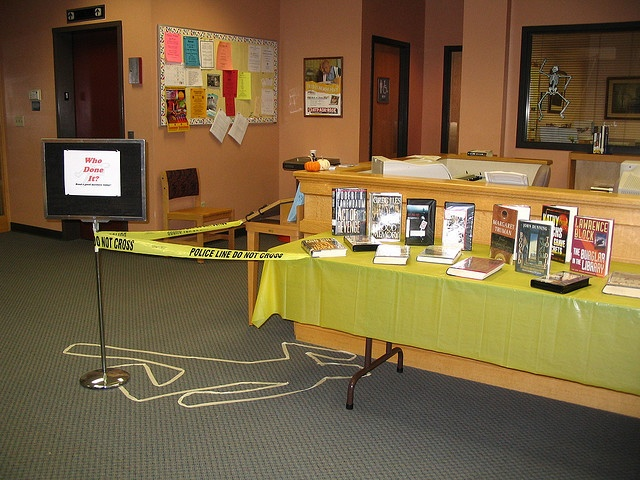 Whodunit library display: Boards Library Displays, Photos, Book Displays, Library Ideas, School Library Display, Teen Library Display, Library Book Display Ideas, Dr. Who, Library Display Ideas