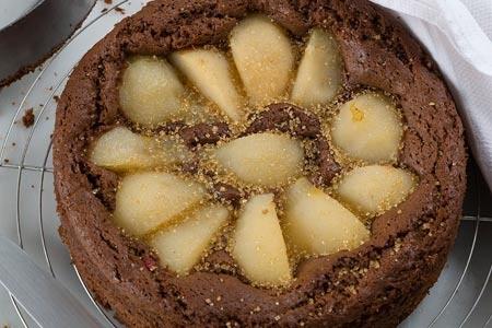 Νηστήσιμη σοκολατόπιτα με αχλάδια - Γρήγορες Συνταγές | γαστρονόμος online