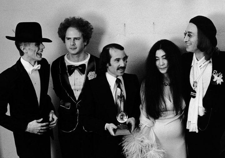 David Bowie, Art Garfunkel, Paul Simon, Yoko Ono and John Lennon at the Grammy Awards, New York, March 1, 1975