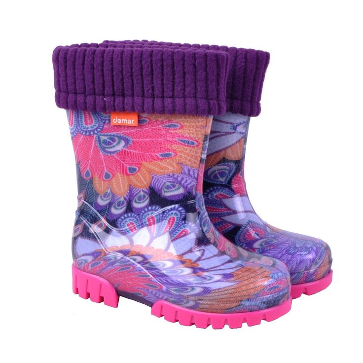 Demar Boys Girls Kids Rain Boot Shoes Wellington With Warmer (Peacock Feathers, 7.5M US Toddler). Rain boots for children, made of PVC Phthalate Free. Footwear is equipped with a reflective element. Practical removable warming. The ideal way to school or while playing in the yard.