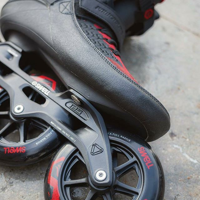 La mas alta calidad en roller fitness está llegando. Los nuevos Powerslide Swell Trinity Dark Lava sorprenden en estilo, innovación y tecnología. Reservalos en tu tienda favorita. #weloverollers