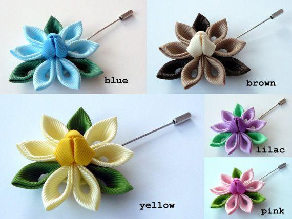 Kanzashi fabric flower brooch . Kanzashi flower lapel por JuLVa