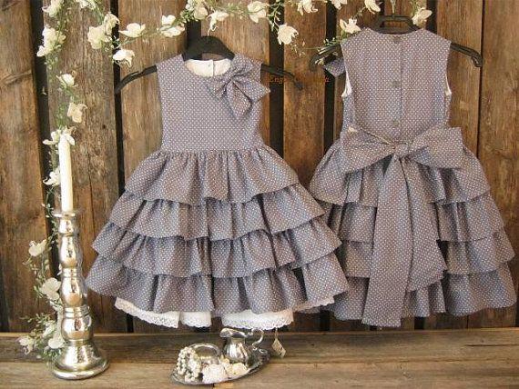 Grey flower girl dress Girls polka dot dress by englaCharlottaShop, €45.00  #toddlerbirthdaydress  #polkadotwedding #greyflowergirl
