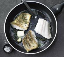 AUS DER PFANNE Genuss im Handumdrehen – zartes Fischfilet ist in Minutenschnelle gar und begeistert alle. Hauptsache, der Fisch ist absolut ...