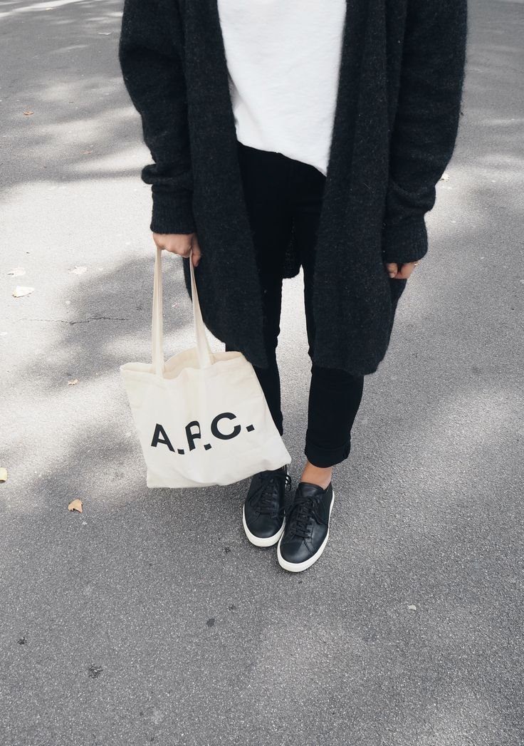 A.P.C. canvas bag, Acne Studios cardigan, Common Projects sneakers. Via Mija www.mijaflatau.com