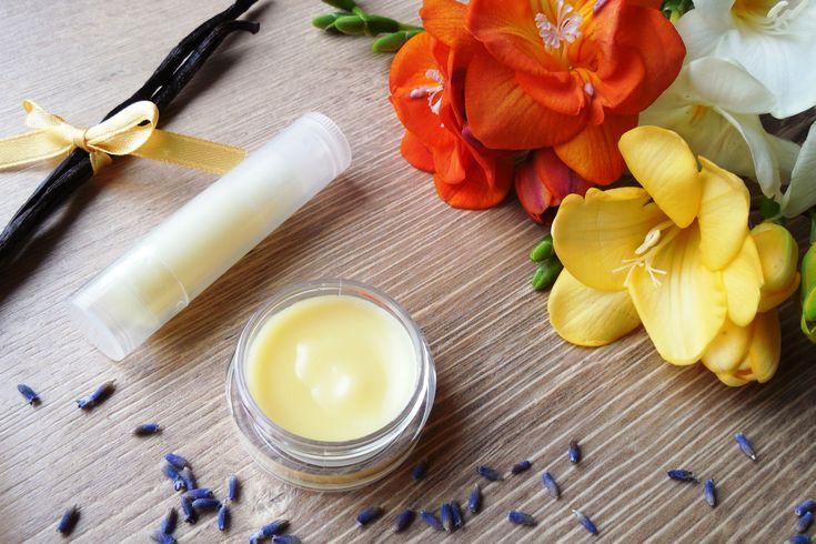 Despre uleiuri esențiale și alte produse cosmetice naturale