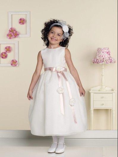 un vestido mas clasico para tu damita de honor