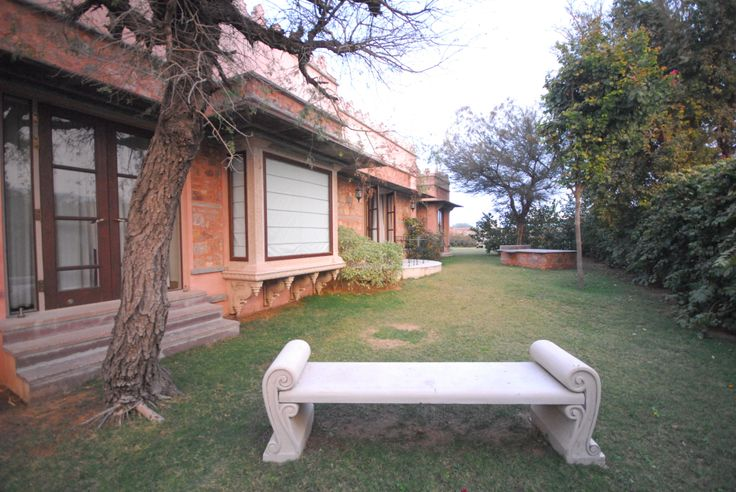 Your lovely sprawling villa, with it's own backyard, sunken bath, and massage table. You don't need to leave until you really have to!   The Tree of Life resort, Jaipur www.treeofliferesorts.com