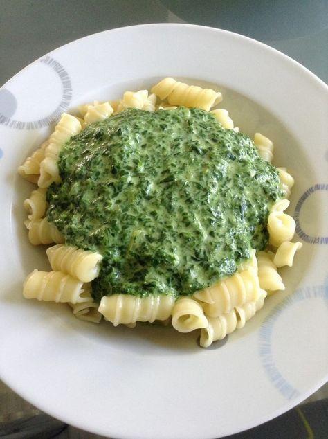 Spinat - Frischkäse - Soße, ein tolles Rezept aus der Kategorie Vegetarisch. Bewertungen: 106. Durchschnitt: Ø 4,3.
