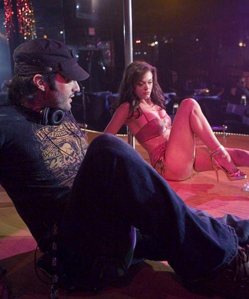 Robert Rodriguez directs Rose McGowan for Planet Terror #forfilmssake