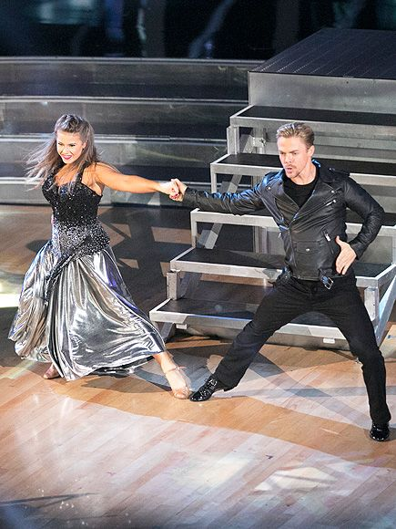 Bindi Irwin Rocks Out to Dad's Favorite AC/DC Song on DWTS – Plus a Contestant Is Eliminated http://www.people.com/article/dancing-stars-season-21-chaka-khan-eliminated