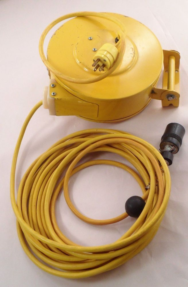 EUC McGill 8535 35' Heavy Duty Industrial Retract Electric