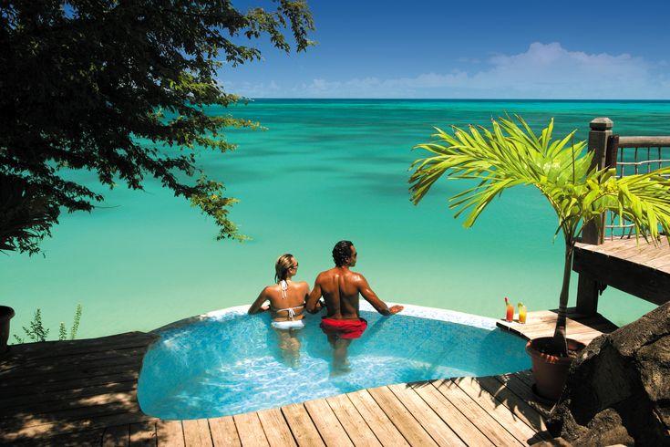 Coco Bay, Antigua copyright: Antigua & Barbuda Tourism Authority